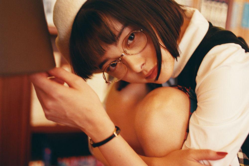 玉城ティナ写真集『渇望』