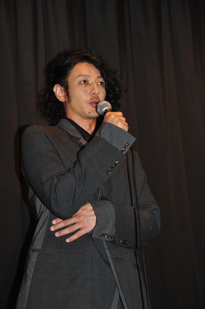 オダギリ監督