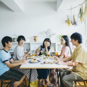 青葉家のテーブル