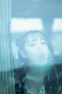 横山結衣 1st写真集「未熟な光」