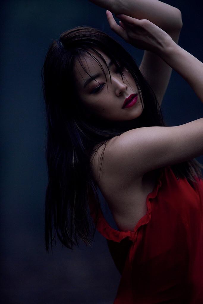 白間美瑠 NMB48 卒業記念写真集『REBORN』